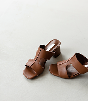 leather middle heel sandal[슈즈BKF73] 4color_6size안나앤모드